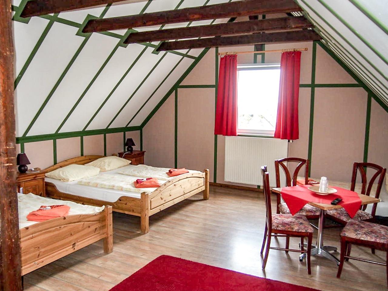 Pension Haus Saarland Ansicht Mehrbettzimmer