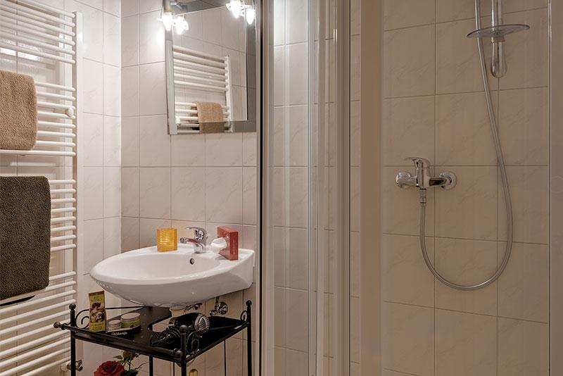 Badezimmer Beispiel Pension Haus Saarland Oberhof